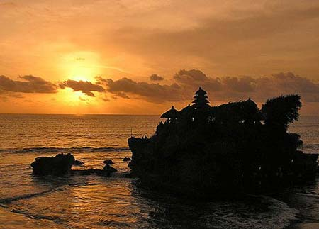 Click enlarge - Tanah lot temple